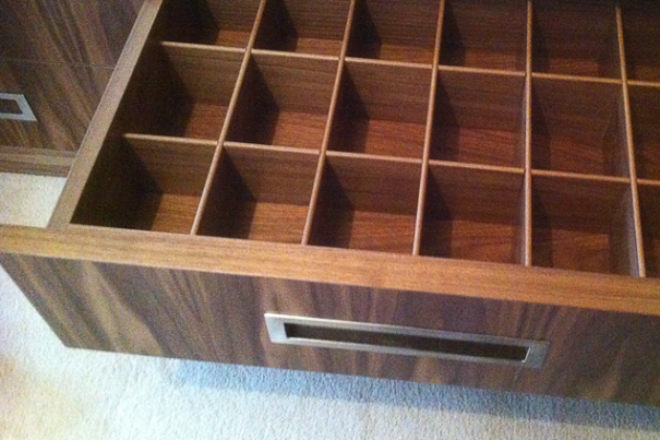 Bespoke drawer divider