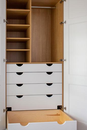 wardrobe_shelves_inside